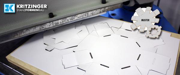Stanzen eines Karton-Musters